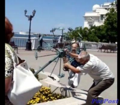 Севастопольские баталии вокруг Символа Доброты