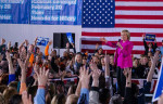 Клинтон опередила Сандерса на кокусах демократов в Неваде