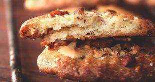 Печенье с миндалем и шоколадными каплями